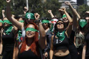 Un mondo di donne in lotta – Constanza Pazz
